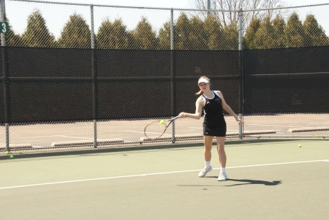 Girls tennis starts off strong