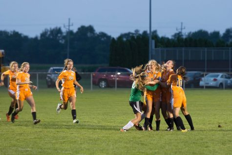 Girls soccer closes season