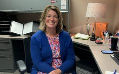 Navigation to Story: Hunt hikes up to assistant principal